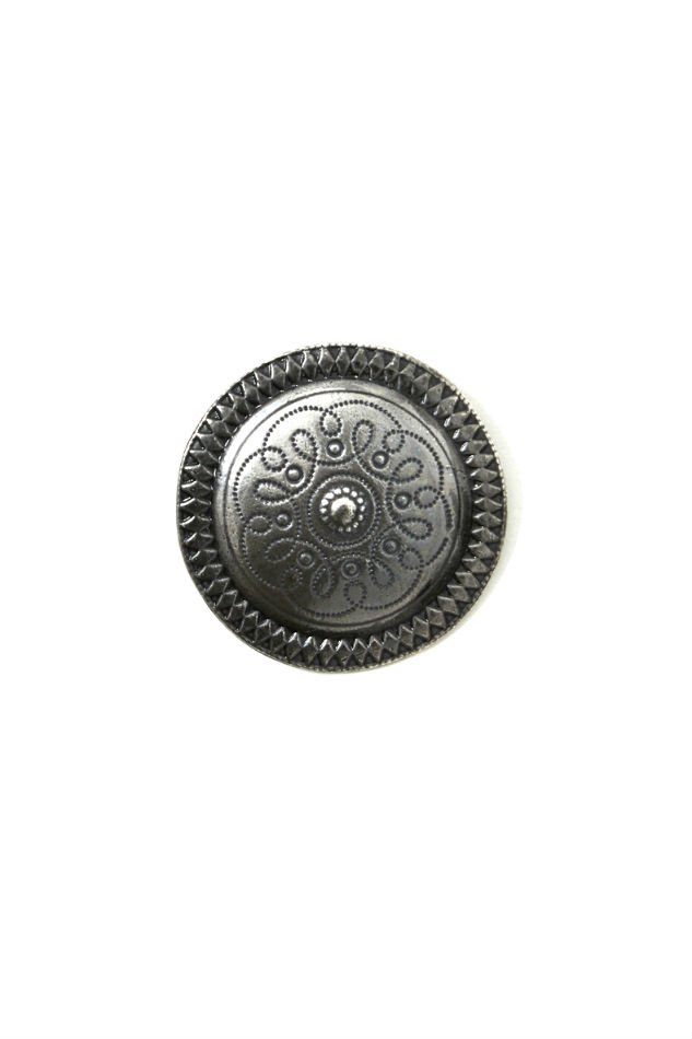 soe<br />Circle Brooch & Badges  <img class='new_mark_img2' src='https://img.shop-pro.jp/img/new/icons14.gif' style='border:none;display:inline;margin:0px;padding:0px;width:auto;' />