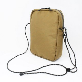 CROSSBODY BAG / COYOTE