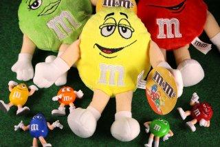 m&m's エムアンドエムズ ビーンドール イエロー  輸入雑貨/海外雑貨/直輸入/アメリカ雑貨/イギリス雑貨/おもちゃ/m&m's/えむあんどえむず/クッション/ぬいぐるみ