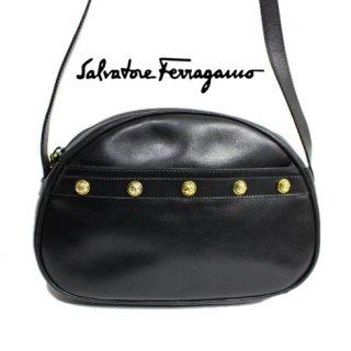 Ferragamo フェラガモ<br>【Vintage ヴィンテージ】<br>スタッズショルダーバッグ ブラック