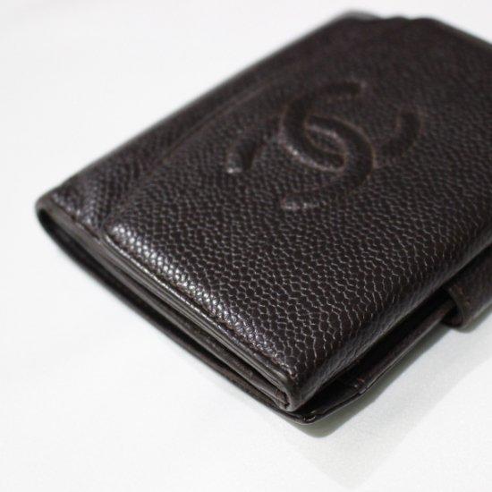 CHANEL シャネル ヴィンテージ<br>ココマークキャビアスキン二つ折り財布 ダークブラウン