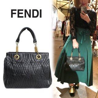 FENDI フェンディ ヴィンテージ<br>キルティングレザーハンドバッグ