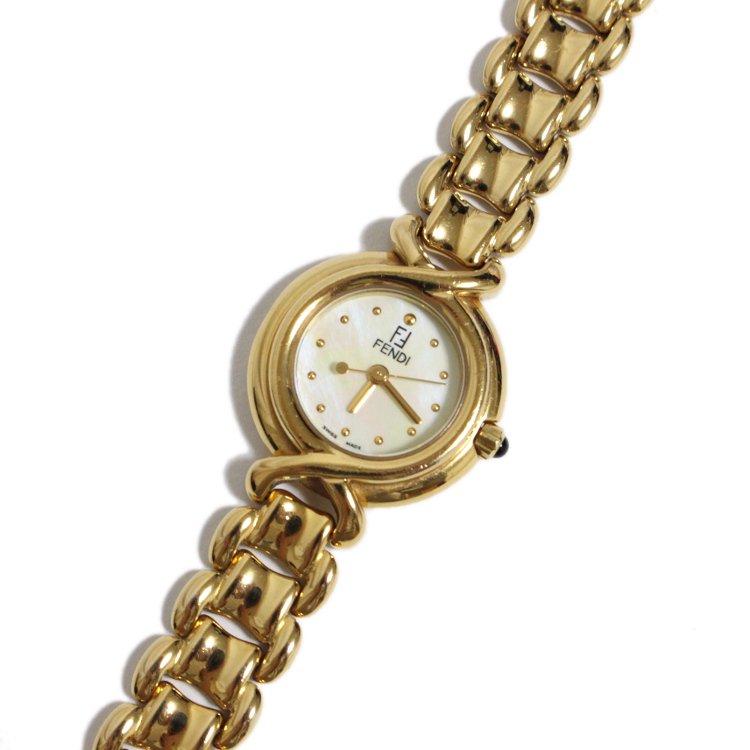 FENDI フェンディ ヴィンテージ<br>シェル×ゴールドQZ腕時計 700L