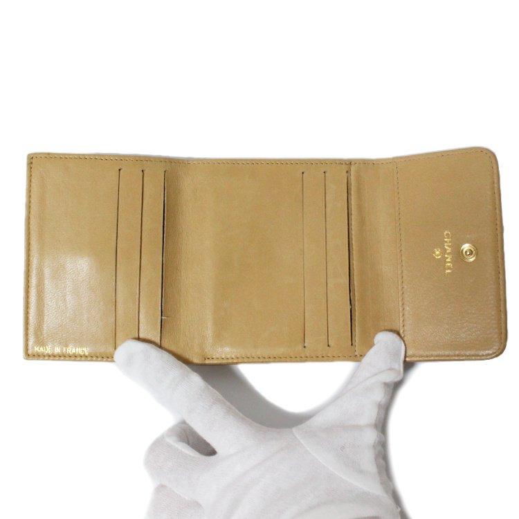CHANEL シャネル ヴィンテージ<br>キャビアスキンココマーク二つ折り財布 ベージュ