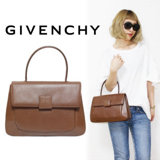 <img class='new_mark_img1' src='https://img.shop-pro.jp/img/new/icons14.gif' style='border:none;display:inline;margin:0px;padding:0px;width:auto;' />GIVENCHY ジバンシー ヴィンテージ<br>ロゴレザーハンドバッグ キャメル