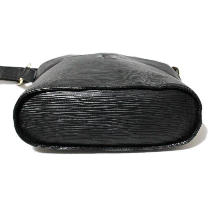 FENDI フェンディ ヴィンテージ<br>型押しロゴレザーショルダーバッグ