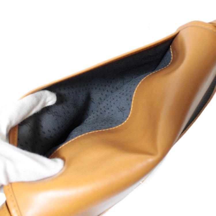 YSL イヴサンローラン ヴィンテージ<br>バイカラーロゴプレートショルダーバッグ
