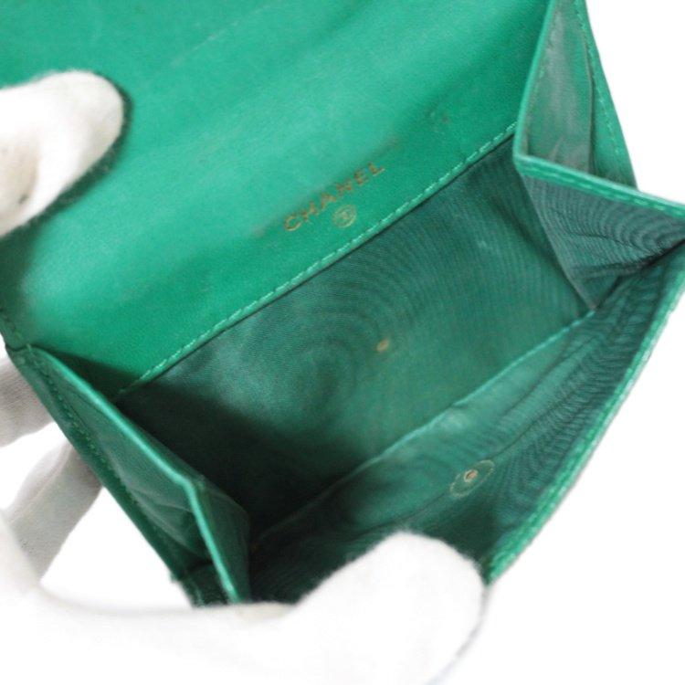 CHANEL シャネル ヴィンテージ<br>ココマークキャビアスキンWホック二つ折り財布 グリーン