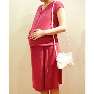 産前産後着られる マタニティワンピース(スモーキーレッド)