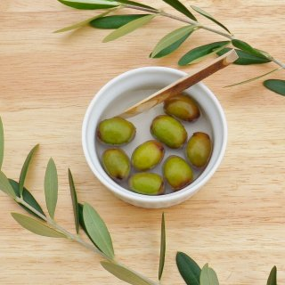 小豆島産有機オリーブ塩漬け(種なし)