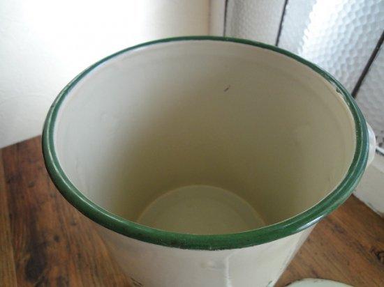 イギリス ホーローのアンティークフラワー缶