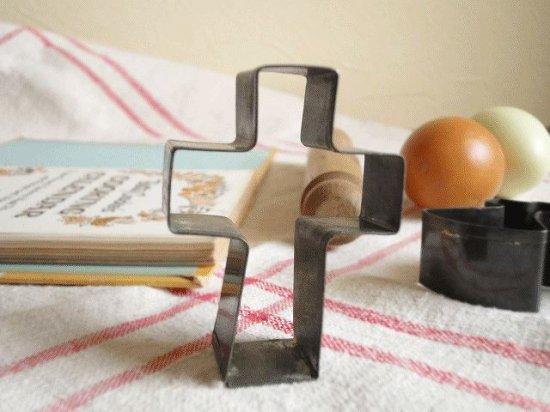 イギリスアンティーク Tala社クッキー型(クロスと斧)