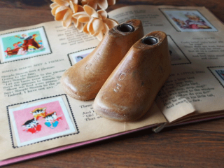 アンティーク 子供の木製靴型 サイズ0