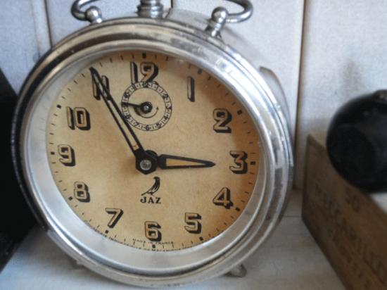 フランスアンティーク JAZ目覚まし時計(クロムメッキ)