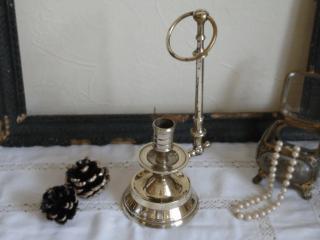 アンティーク 真鍮の燭台(壁掛け兼用)