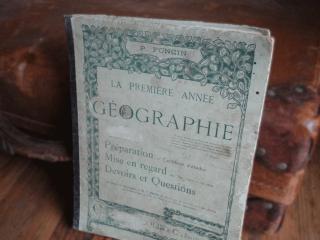 フランス アンティーク地理本(GEOGRAPHIE)