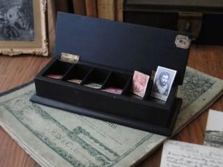 フランスアンティーク 木製の切手箱