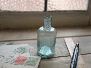 イギリス アンティーク インクボトル(丸長)