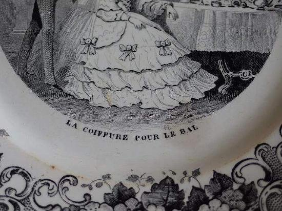 クレイユモントロー グリザイユのデザート皿(花嫁)