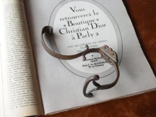 フランス  真鍮製 蔓のアンティークフック(1)