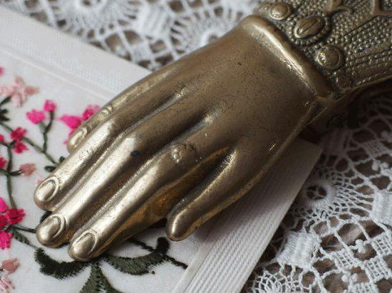 アンティーク真鍮製クリップ (貴婦人の手)