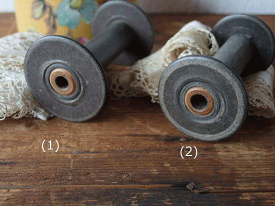 アンティークレースとスプール(糸巻き)のセット