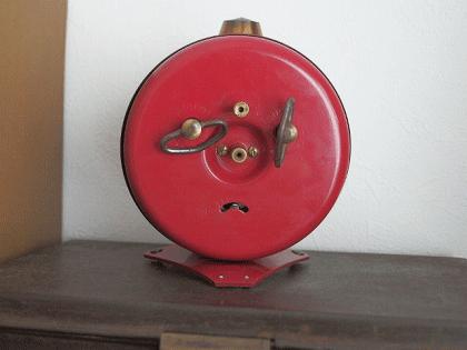 フランス JAZ 赤と黒の目覚まし時計