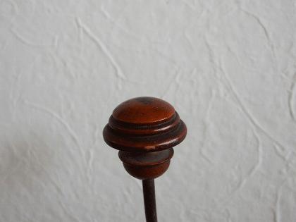 フランス 木とメタルのアンティークフック(2)