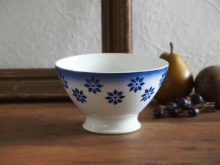 バドンヴィレー 青いお花のアンティークカフェオレボウル