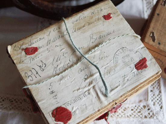 アンティーク  フランスの郵便用木箱(時計用木箱)