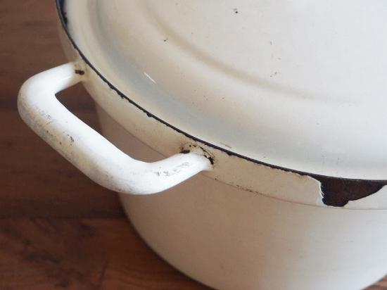 ヴィンテージ ホーローのキャセロール鍋