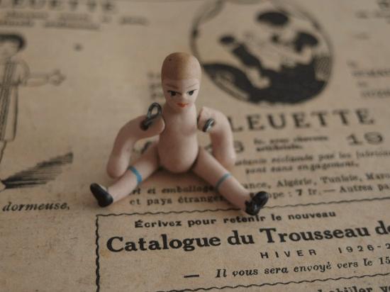小さな小さな赤ちゃんのビスクドール ミニョネット