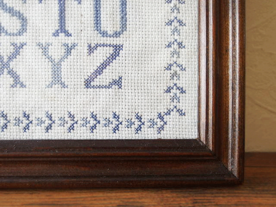 アンティーク刺繍サンプラー(ガラスフレーム付き)