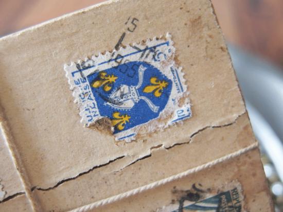 アンティーク  フランスの郵便用木箱(紙ラベル+スライド蓋)