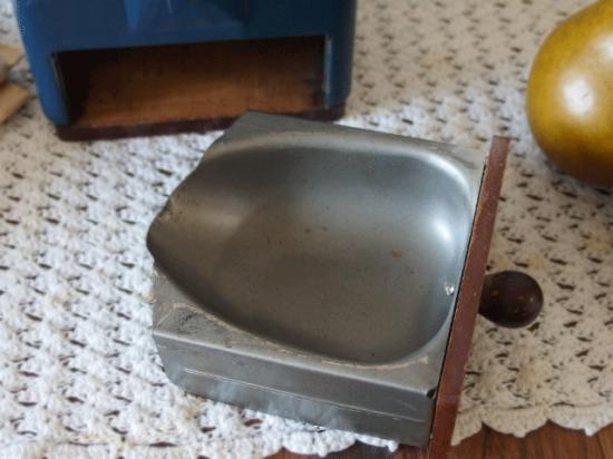 ヴィンテージ プジョーコーヒーミル(濃紺色)
