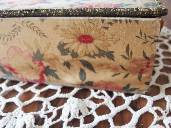 フランス カルトナージュのアンティーク箱(ギャラリー・ラファイエット)