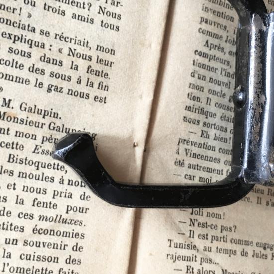 フランス アールデコ 黒のアンティークフック