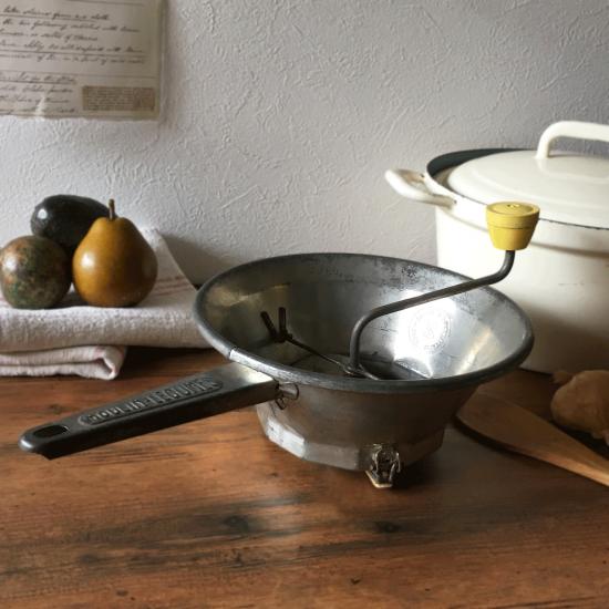 フランスヴィンテージ ブリキ製 野菜の裏ごし器 野菜のミル(ムーラン・レギューム)