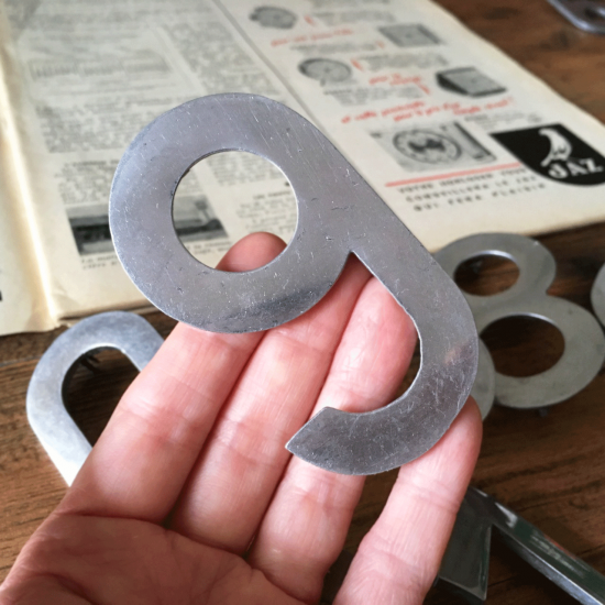 フランスヴィンテージ ナンバープレート7個セット(時計台の文字盤数字モチーフ)【1】