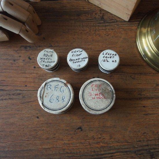 イギリスアンティーク 紙箱に入った腕時計のパーツ 5個セット