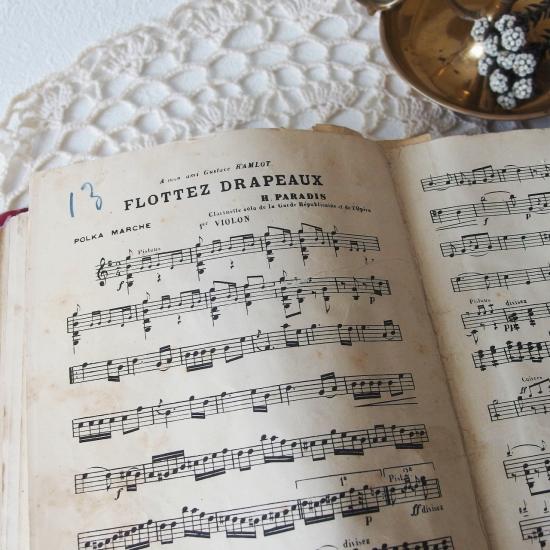フランスアンティーク 楽譜のバインダー  古いファイル