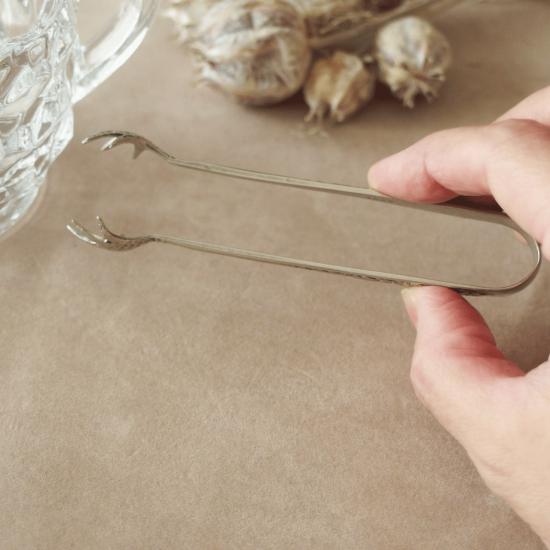 イギリスアンティーク 鳥の爪のシュガートング(シルバープレート製)
