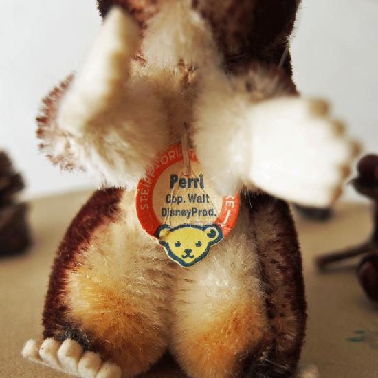 ヴィンテージシュタイフ 雌リスのペリ(Perri)