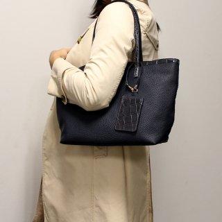 【S.sakamoto】本クロコがアクセント プチリッチな軽量トートバッグ(うれしいパスケース付き)
