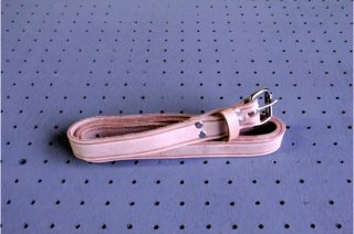 """Heritage Leather   1"""" Wide Leather Belt with Roller Buckle<br/>ヘリテージレザー 作業用ベルト"""