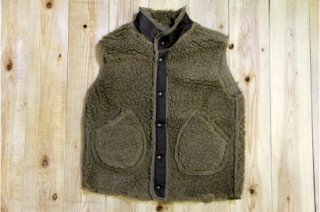 Oregonian Outfitters | Boa Vest Choco<br/>オレゴニアンアウトフィッターズ ボアベスト チョコ<img class='new_mark_img2' src='https://img.shop-pro.jp/img/new/icons5.gif' style='border:none;display:inline;margin:0px;padding:0px;width:auto;' />
