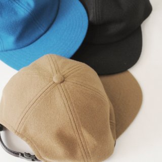 COMESANDGOES-COMPRESSION WOOL CAP<img class='new_mark_img2' src='//img.shop-pro.jp/img/new/icons13.gif' style='border:none;display:inline;margin:0px;padding:0px;width:auto;' />