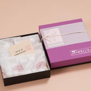 神宮白石クッキー 42個入(7個×6袋) 箱色  紫×黒