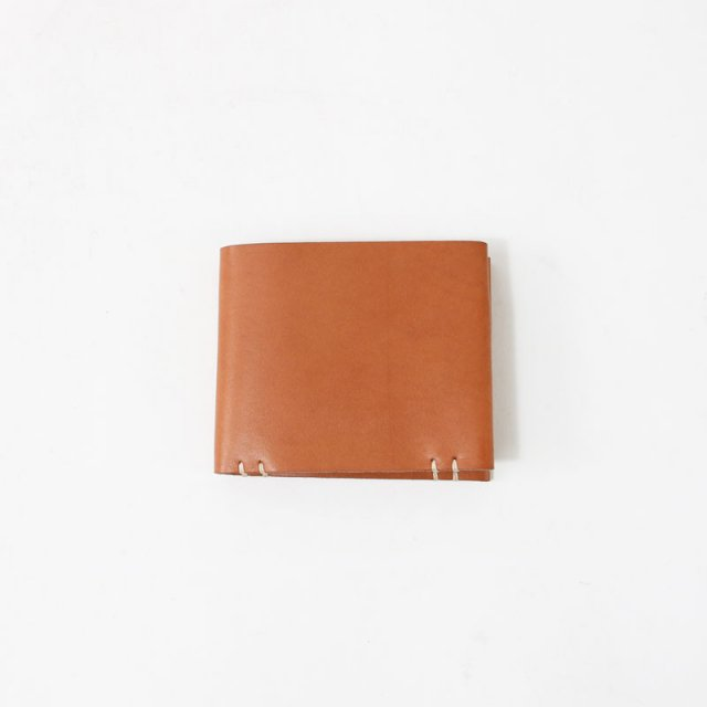 【FEIT ファイト】HAND SEWN SQUARE BIFOLD TAN