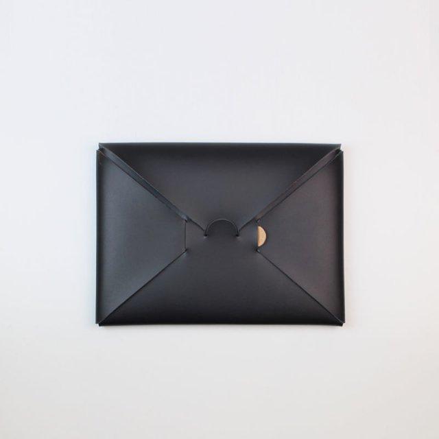 【期間限定POP UPアイテム】【i ro se イロセ 】seamless clutch bag-S BLACK